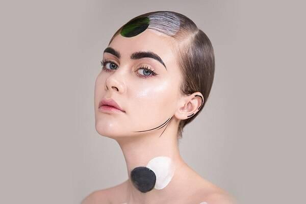 化妆师工资